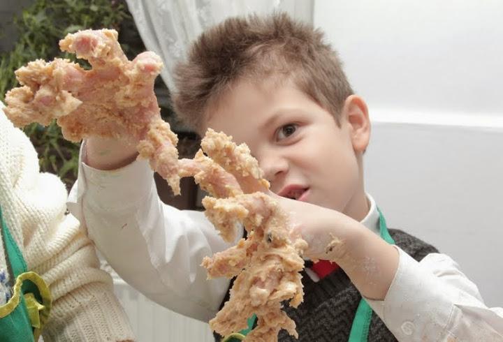 10 Idei Cu Care Poți Să îți Convingi Copilul Să Mănânce Sănătos
